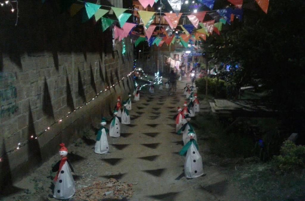 Calle 10 con carrera 6N, barrio La Ceiba. Foto Emisora Yumbo Estéreo para www.todosesupo.com